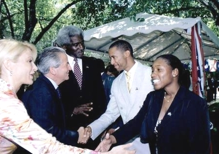 2004 Fellow Dionandrea Shorts meets the president of Honduras.